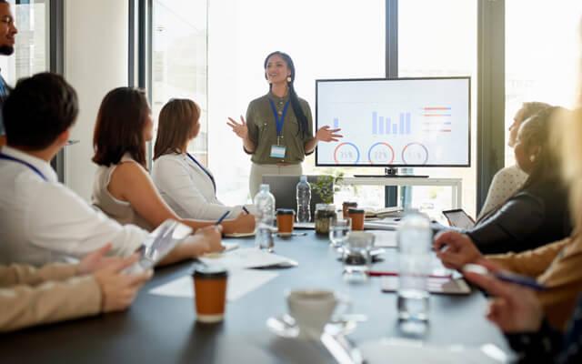 Consejos para una reunión laboral eficaz y productiva